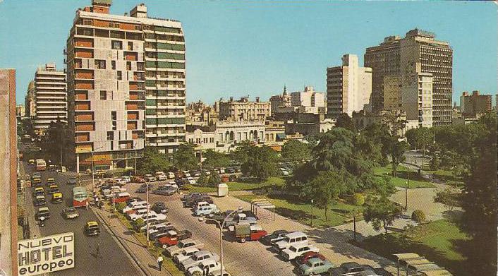 Plaza_Sarmiento_de_Rosario_(postal_Fotoscope)